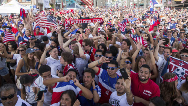 American Outlaws soccer fans