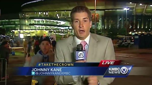 Kansas City Royals Fan startles reporter