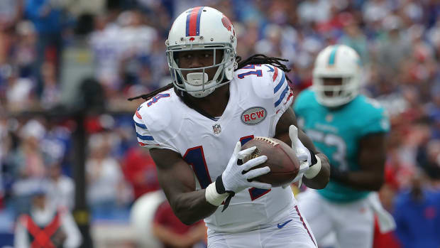 Bills' Sammy Watkins leaves practice with groin injury IMAGE