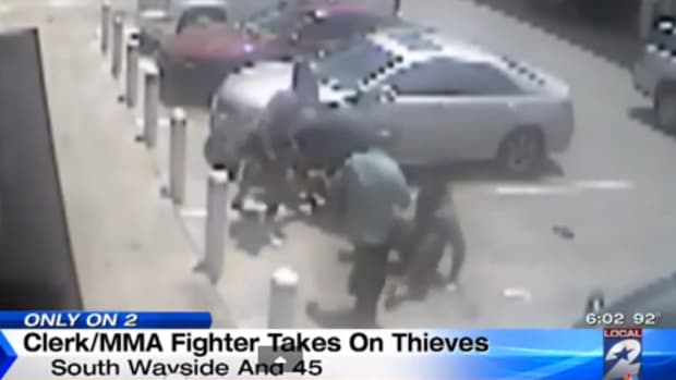 mma fighter stops robbery