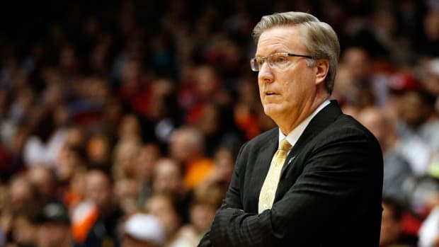 Iowa coach Fran McCaffery one-year extension
