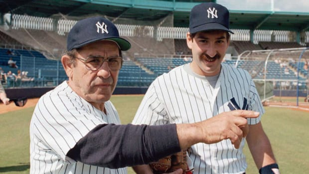 00-intro-Yogi-Dale-Berra-father-son.jpg