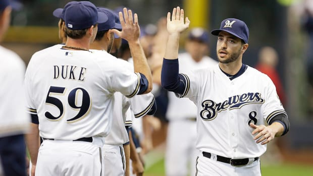 Brewers' Ryan Braun leaves game against Reds early