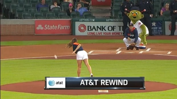 Houston Astros fan throws seasons worst first pitch