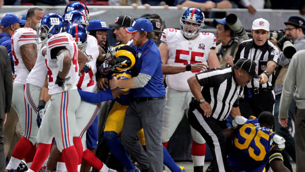 Late hits on Odell Beckham Jr. lead to brawl in Giants-Rams game IMAGE