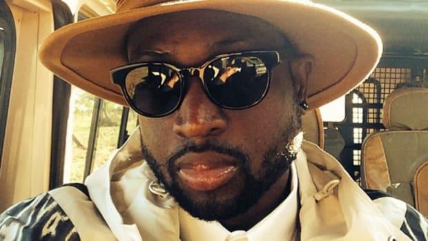Dwyane Wade takes a safari Selfie