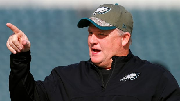 Report: Florida to contact Chip Kelly about open coaching position IMAGE