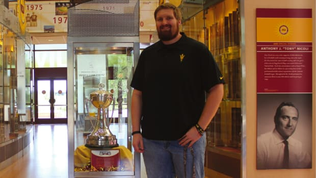 Arizona State football offensive lineman edward Chip Sarafin out gay.jpg