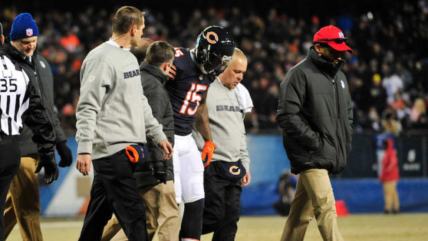 chicago bears brandon marshall chest injury