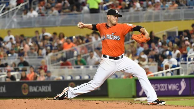 Report: Marlins offer Jose Fernandez six-year contract IMAGE