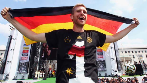 per-mertesacker-retires-german-national-team