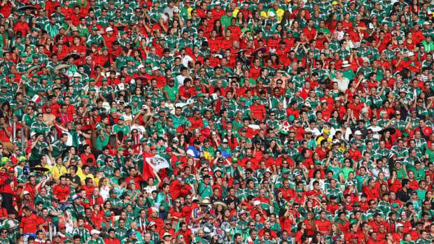 Mexico Fans Chant