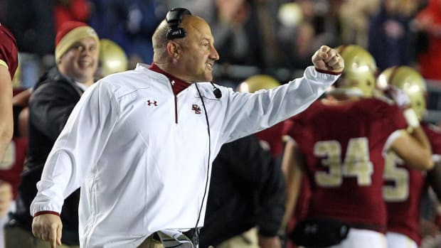 Boston College extends Steve Addazio through 2020 IMAGE