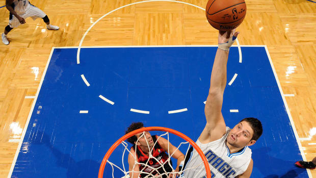 Magic sign Nikola Vucevic to four-year, $54 million contract extension IMAGE