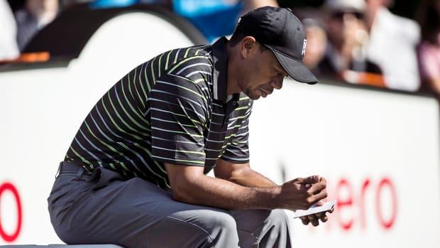 Tiger Woods struggles, shoots 77 in return IMAGE