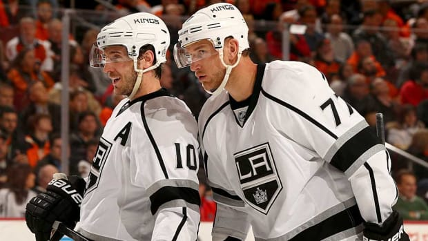 Mike-Richards-Jeff-Carter.jpg