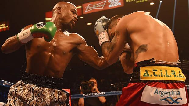 Floyd Mayweather controversial champion Marcos Madaina