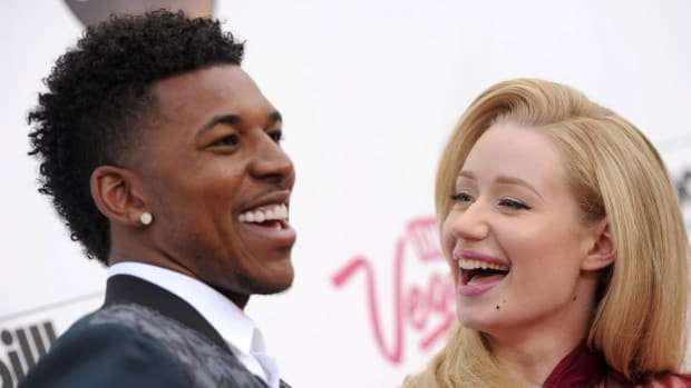 Lakers Nick Young defends Iggy azalea in Snoop Dogg fight