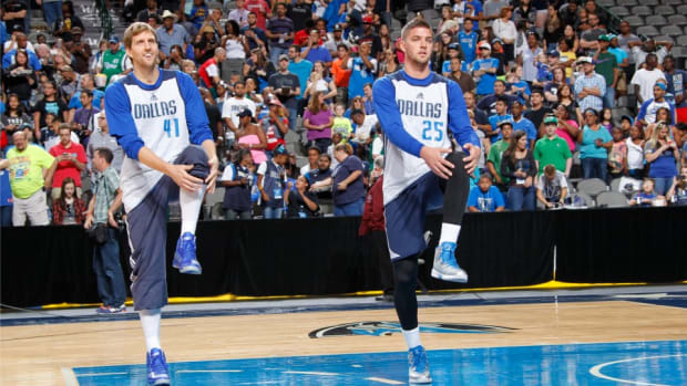 Dallas Mavericks Dirk Nowitzki is making Chandler Parsons pay for dinners