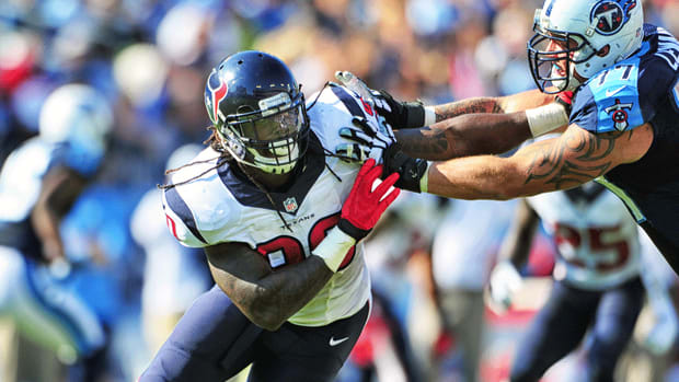 Texans coach Bill O'Brien denies frustration with Jadeveon Clowney