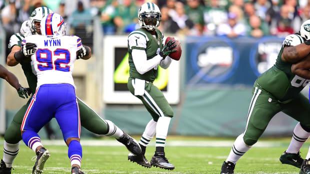 michael-vick-new-york-jets-starting-quarterback.jpg