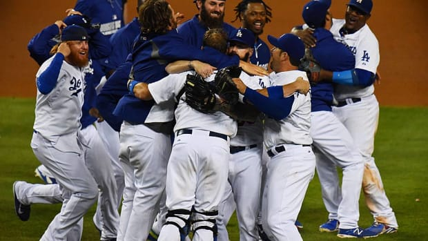 Dodgers clinch NL West