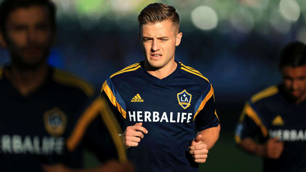 LA Galaxy, Robbie Rogers sign multi-year extension