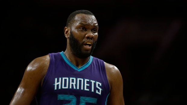 Al Jefferson out at least four weeks IMAGE
