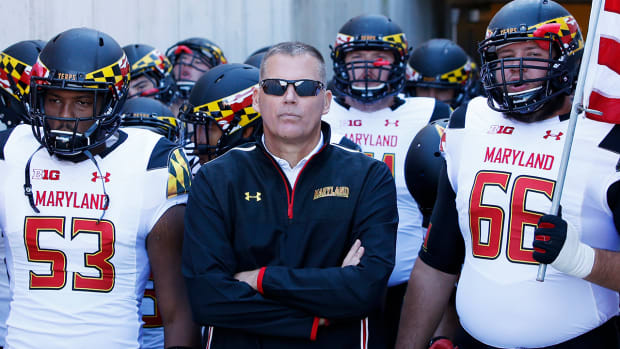 WATCH: Maryland players refuse to shake hands with Penn State - image