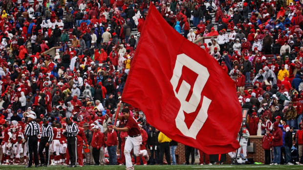 Oklahoma sooners kicker has a one play playbook