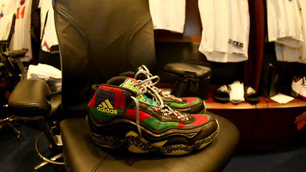 christmas sneakers shumpert - image