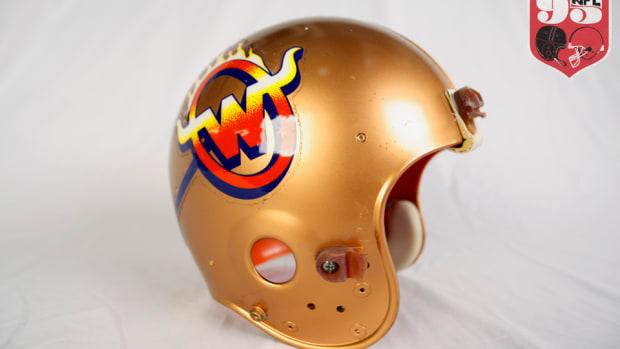 usfl-helmet-960.png