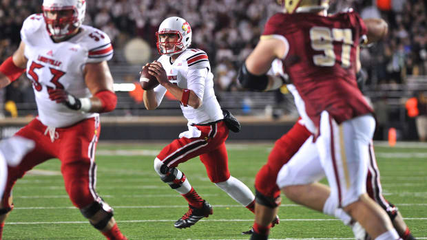 Louisville starting QB Will Gardner out for the season