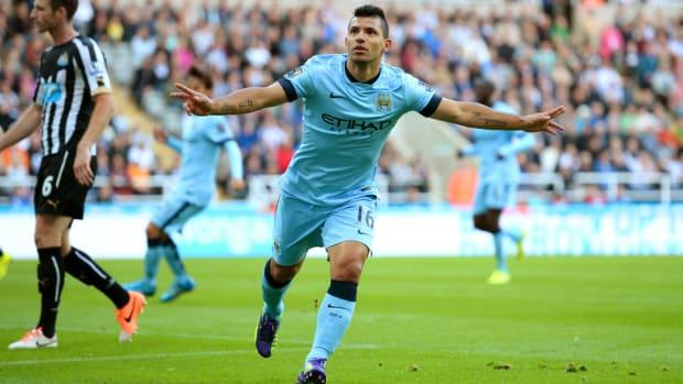 Sergio Aguero celebrates vs Newcastle