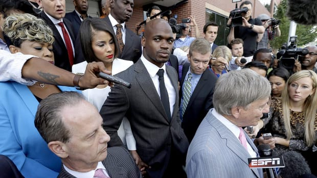 adrian-peterson-suspension-appeal-hearing-roger-goodell
