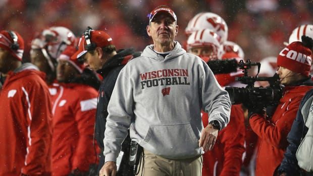 Oregon State hires Wisconsin coach Gary Andersen IMAGE