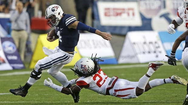 taysom-hill-byu-houston.jpg