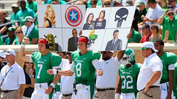 college-football-stealing-signals