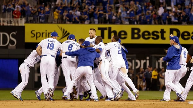 royals win wild card