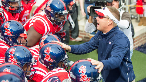 Report: Ole Miss, Hugh Freeze agree to contract extension IMAGE