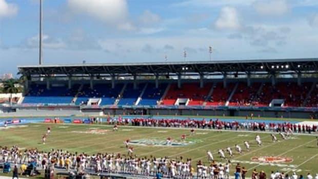 bahamas bowl crowd wku central michigan