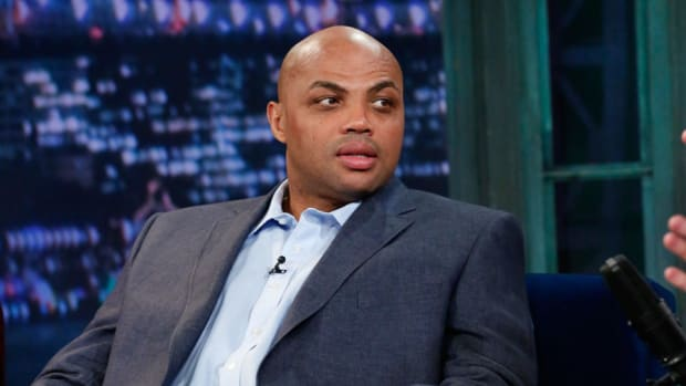charles-barkley-offers-pay-funeral