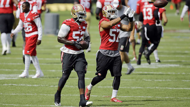 Patrick Willis at 49ers training camp