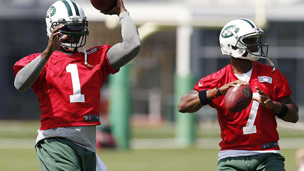 michael-vick-starting-quarterback-new-york-jets.jpg