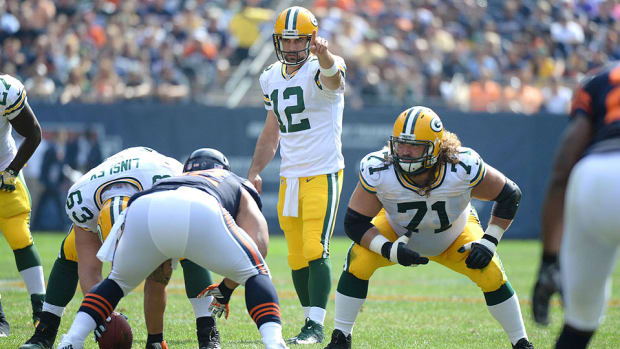 aaron-rodgers-green-bay-packers-chicago-bears.jpg