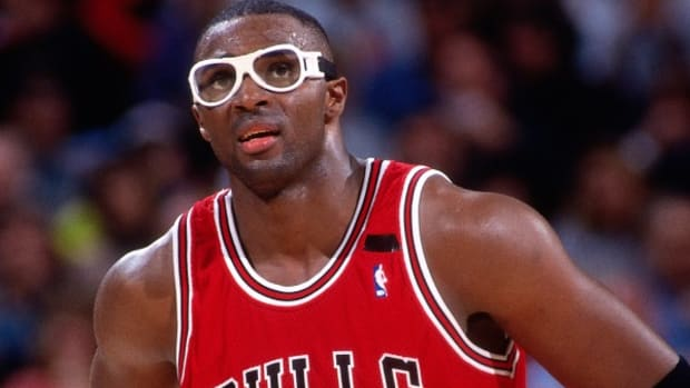 Horace Grant played 17 NBA seasons for four different teams and won four NBA titles. (Rocky Widner/Getty Images)