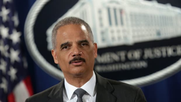 eric-holder-attorney-general-redskins-offensive