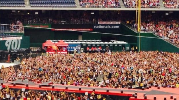 Washington Nationals bullpen filled with porta-potties for OneDirection concert
