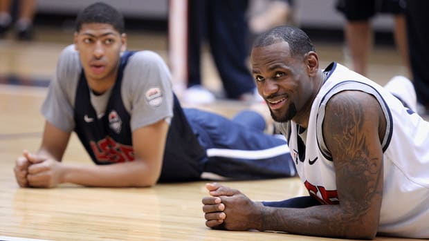 LeBron James calls Anthony Davis 'one of the elite players'