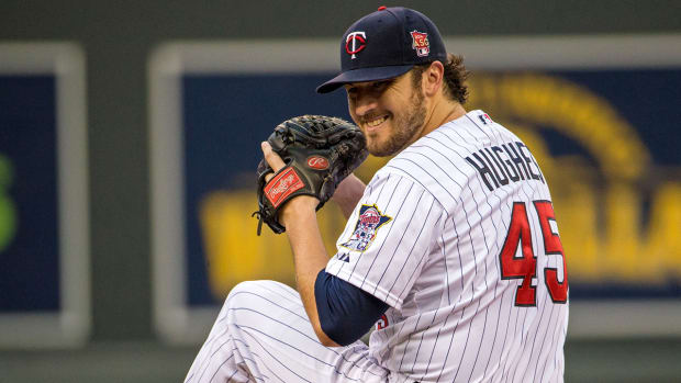 Twins, Phil Hughes agree to 3-year, $42 million contract extension